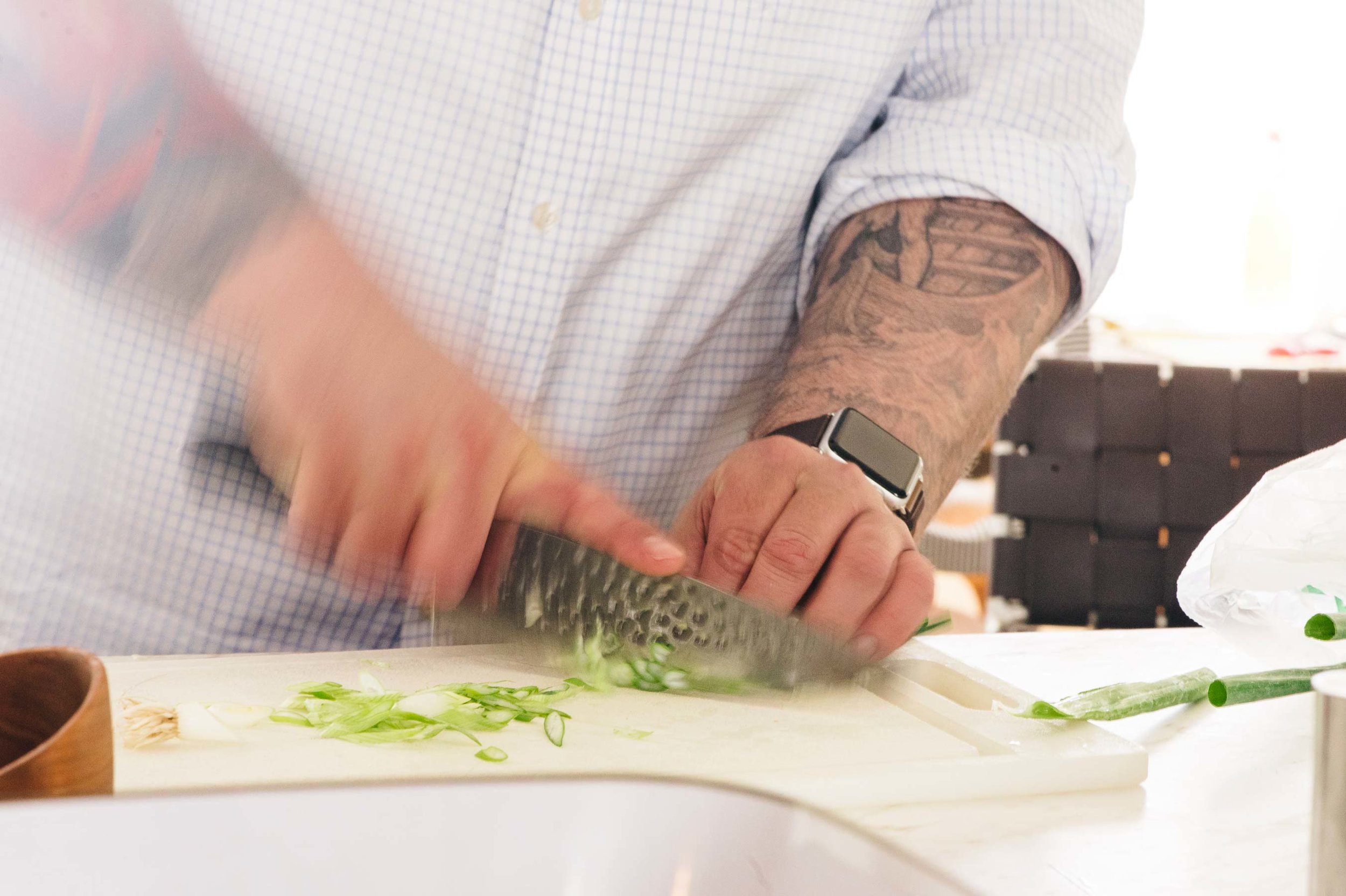 I am comfortable with your criticism of the way I chop scallions. This is not an instructional knife skills feature.