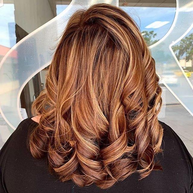 Signs of fall🍁#avedaartist #avedaflorida #repost @shearrituals | Stylist: @makennakrystal . . . Artist | MaKenna . . . #aveda #avedahaircare #avedastudent #avedainstitutesouthfl  #avedastylist #avedapunks #avedasalon #avedacolor #avedahaircolor #avedalove #avedacolorist #avedabalayage #behindthechair #modernsalon #beautylaunchpad #hairbrained #salontoday #cosmoproof #maneaddicts #instahair #fallhaircolor #balayage #highlights #auburnhair #shearrituals #bradentonfl