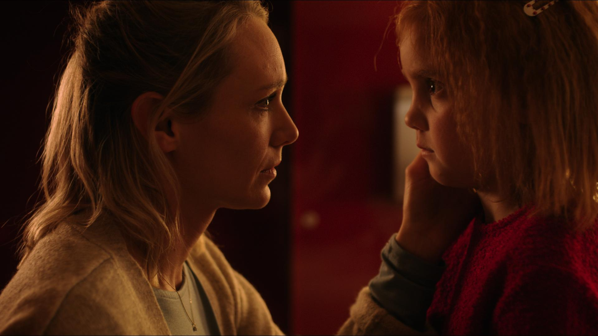 Sophie van Winden wint op Catacumba Film Festivcal - Sophie van Winden is op het Catacumba Film Festival bij Valencia uitgeroepen tot Beste Actrice voor haar rol in de korte film Kind. Kijk op de website voor meer informatie: https://bit.ly/2RAYtQe