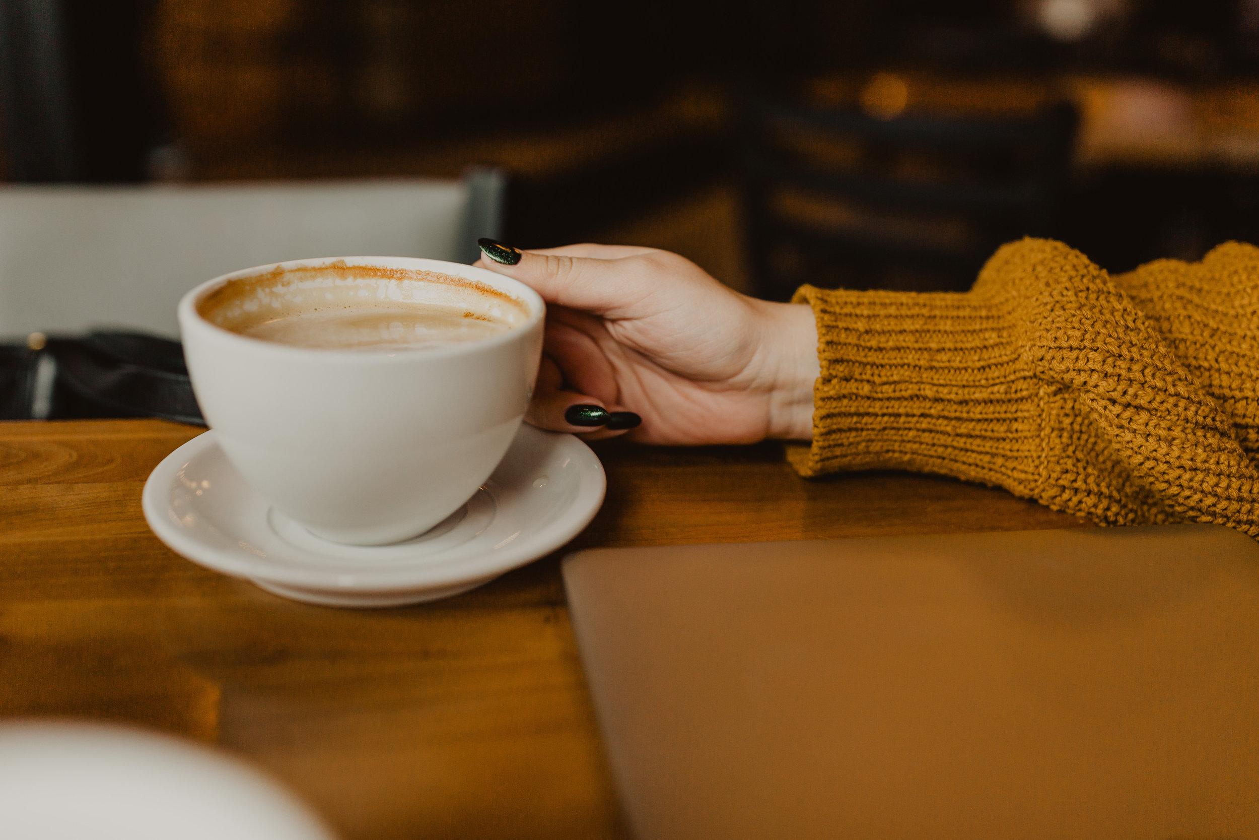 lifestyle_coffeeshop-3.jpg