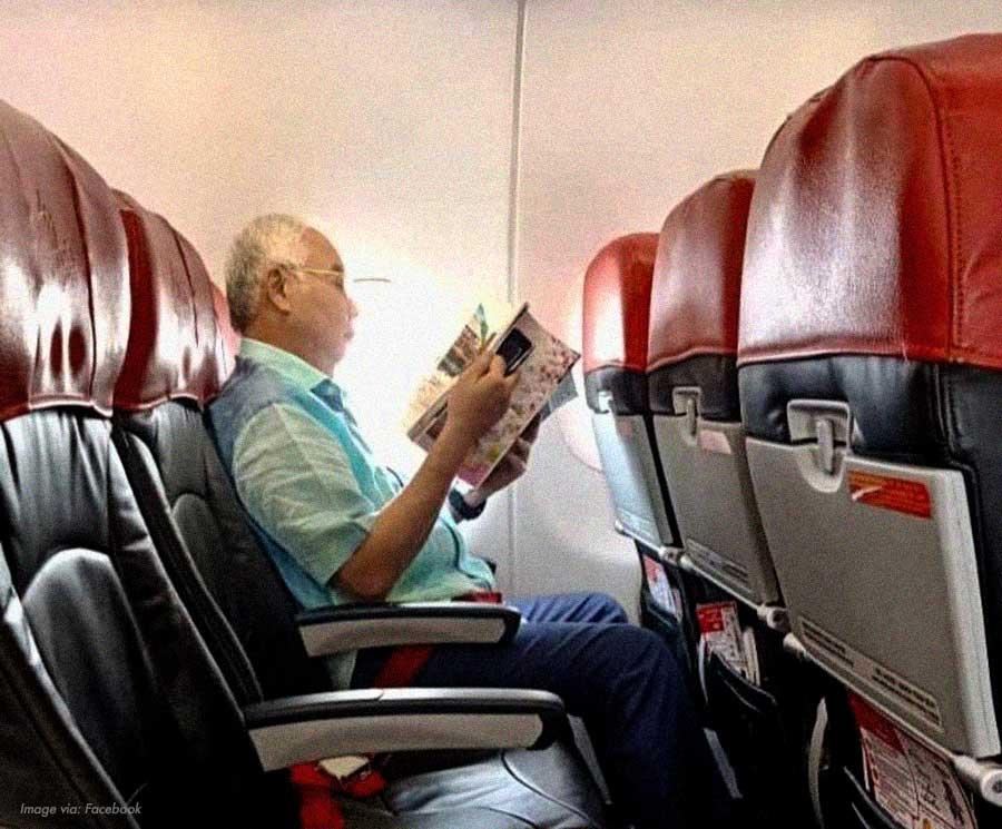 Najib-economy-plane.jpg