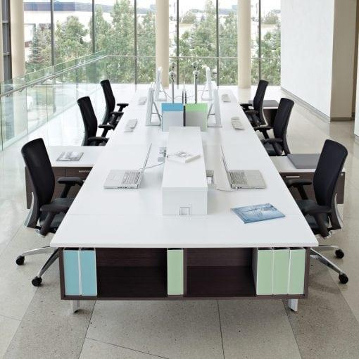 Collaborative-Desks-bridges-by-Global-6-510x510.jpg