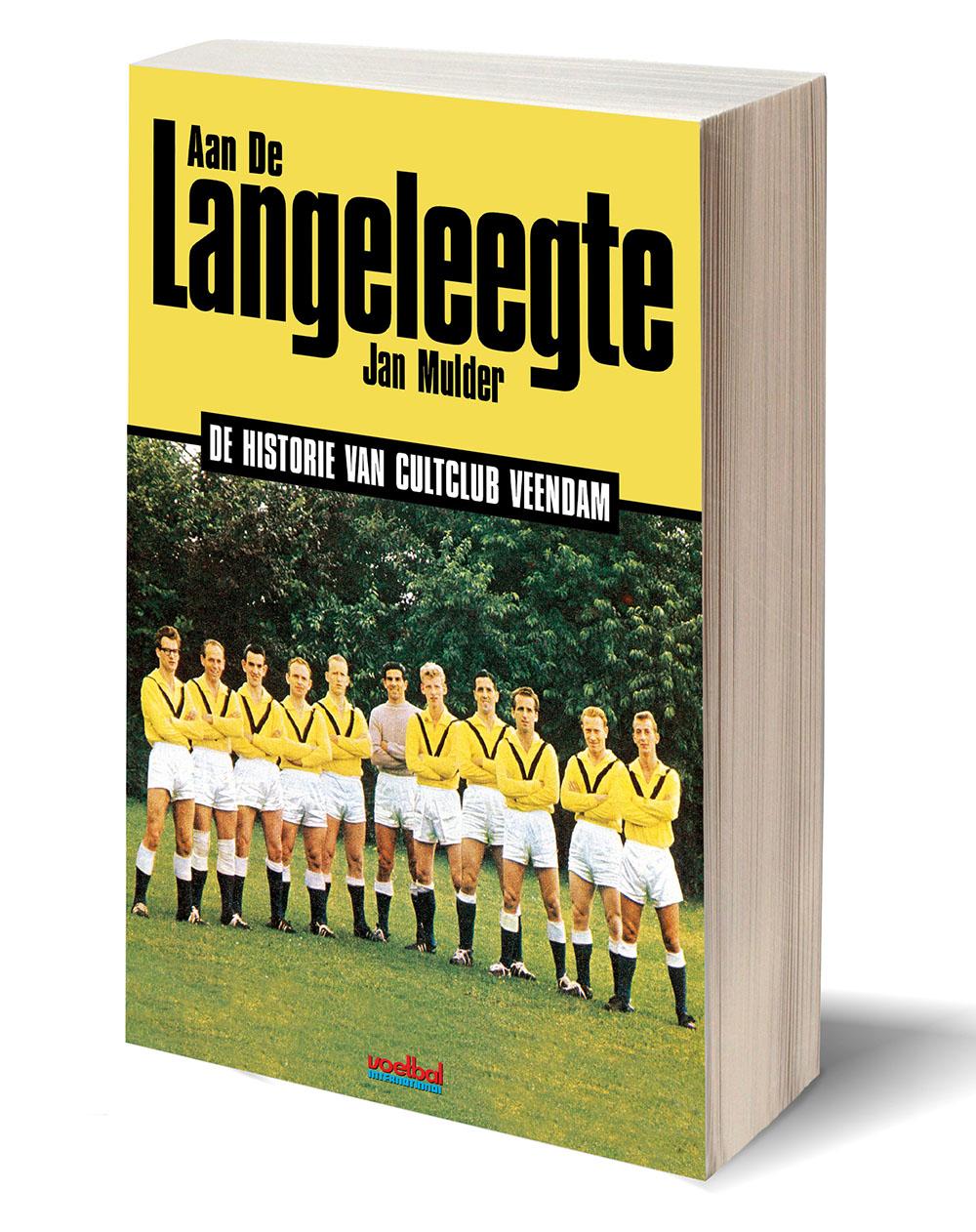 Cover 'Aan De Langeleegte'