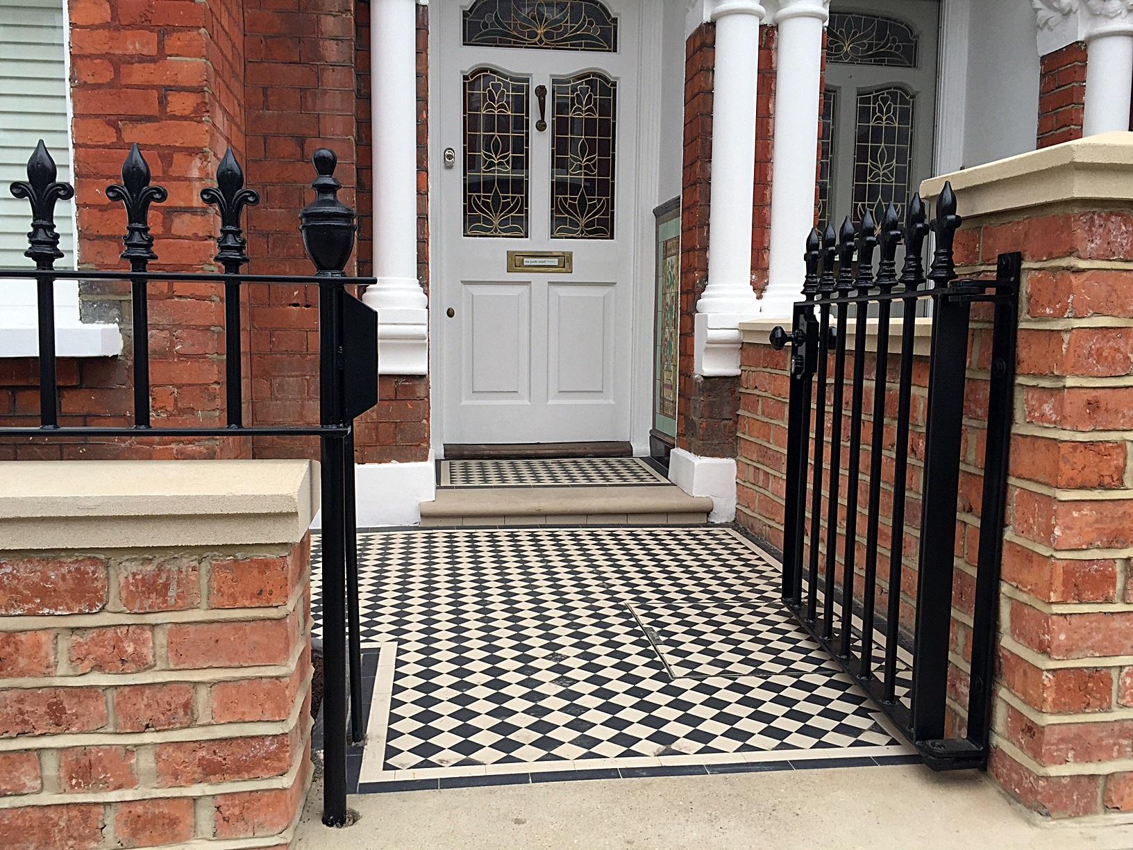 edwardian-london-garden-design-red-brick-front-wall-heavy-rails-gate-victrorian-mosaic-tile-path-battersea-clapham-fulham-chelsea_brick-wall-modern-garden_garden_olive-garden-menu-water-gardens-china-.jpg