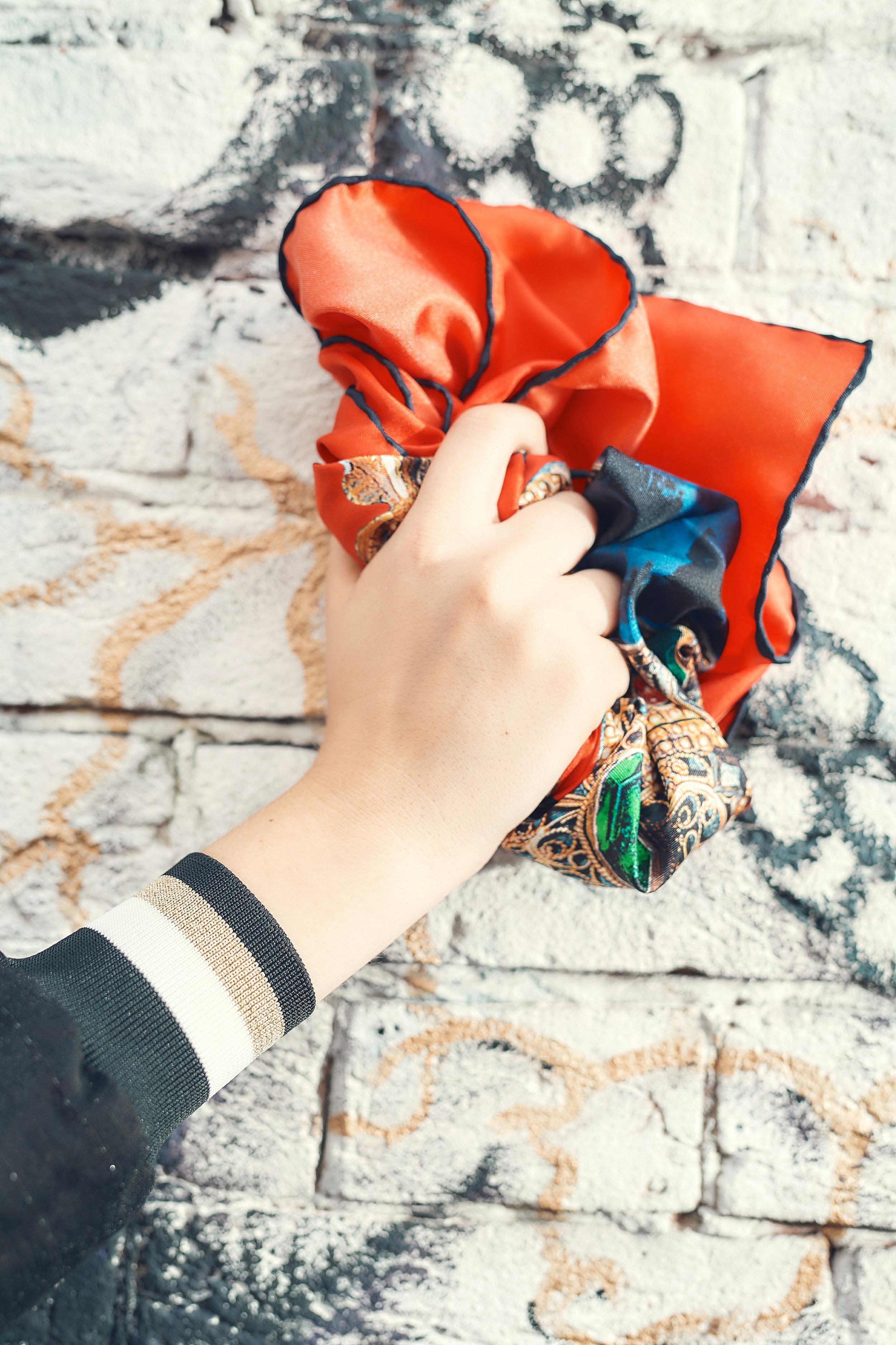 Hoodie RASENA. Handkerchief ARTUYT