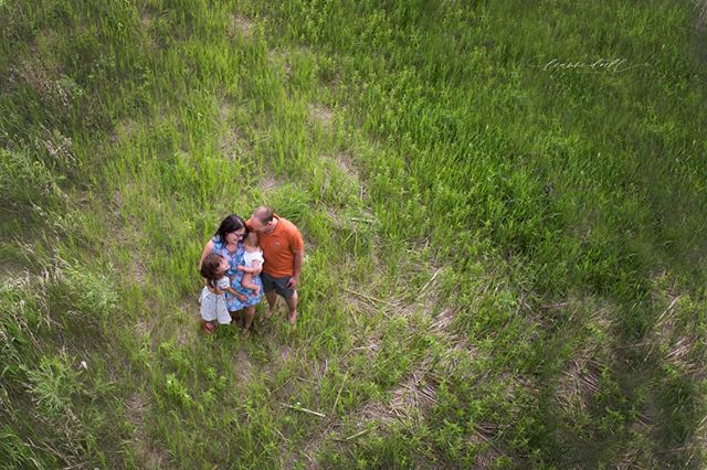 Feeling all the prairie vibes from this family session! #manitobafamilyphotographer