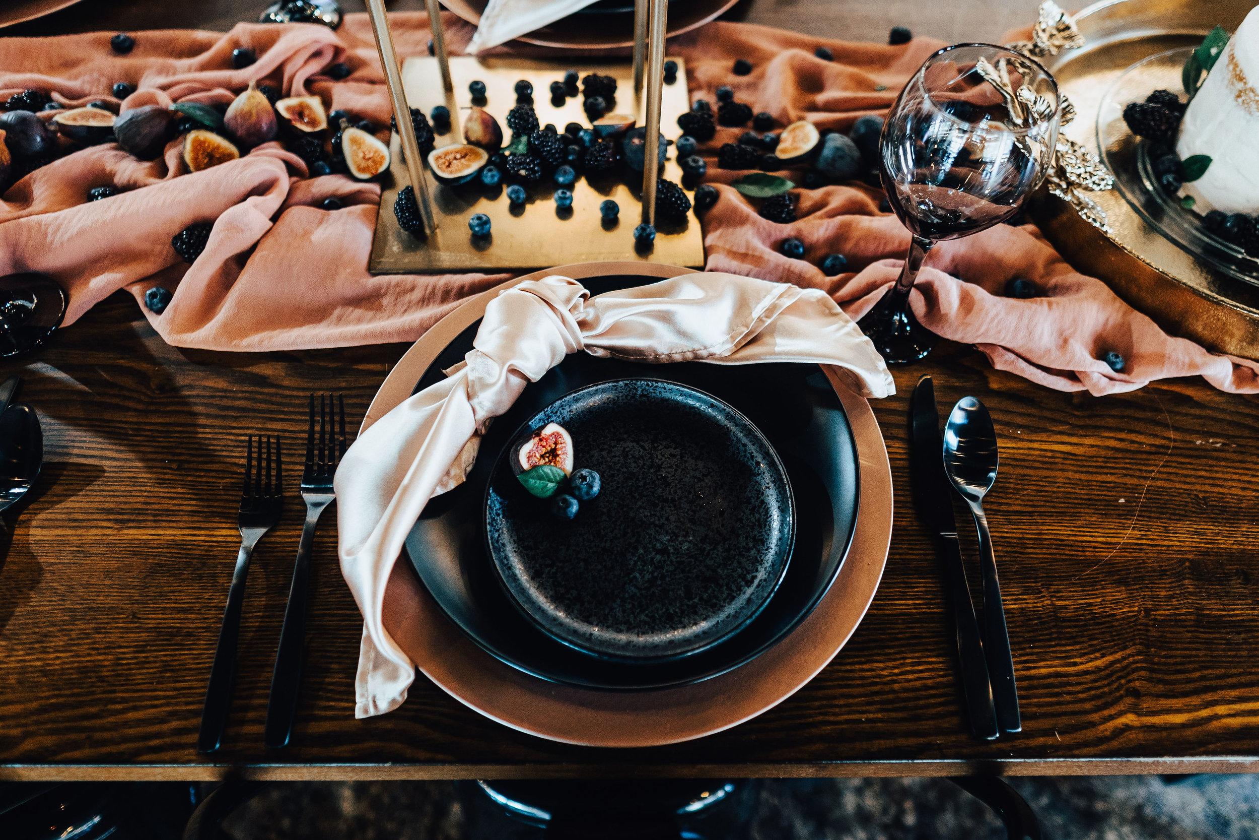 Black and Blush Place Setting