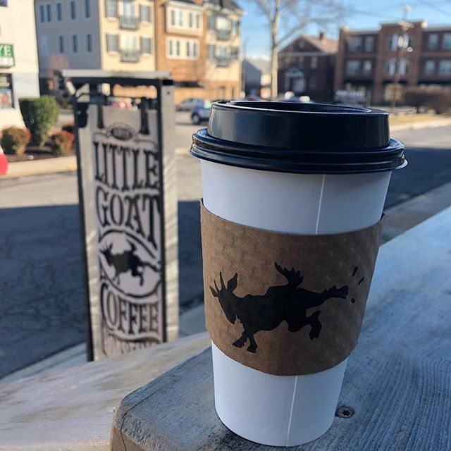 Recalling sunnier days on the deck at @littlegoatcoffeeroasting in Newark DE... Check out this cozy spot no matter what the weather for some EXCELLENT coffee! #littlegoatcoffeeroasting #littlegoatcoffee #coffee #coffeeroaster #organic #fairtrade #localDe #coffeeshop #supportsmallbusiness #supportlocal #bigfootnaturalsales #bfns #ibelieveinyou