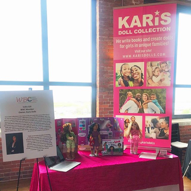 Our founder, India Gill, was selected as a feature member of the Women's Business Center (WBC) of Northern Ohio to attend their annual fundraiser event called In the Company of Women💼  The event was held yesterday to support female entrepreneurs, and India was able to showcase Karis Dolls by sharing the story behind the collection, the  dolls, and the adjoining activity book!  There were even some happy young girls that went home with dolls and books autographed by India herself💕 .⠀ .⠀ .⠀ .⠀ .⠀ #karisdolls #blendedfamily #grace #blendedfamilylife #stepfamily #stepparent #stepkids #stepchildren #dolls #childrensdolls #singlemom #singledad #instakids #familylove #uniquefamily #diversefamily #mixedfamily #coparenting #parallelparenting #blended #divorce #divorcewithkids #clothdolls #dollsofcolor #dollcommunity #dollcollection #dollsofinstagram #womensbusinesscenter #wbcnorthernohio #inthecompanyofwomen
