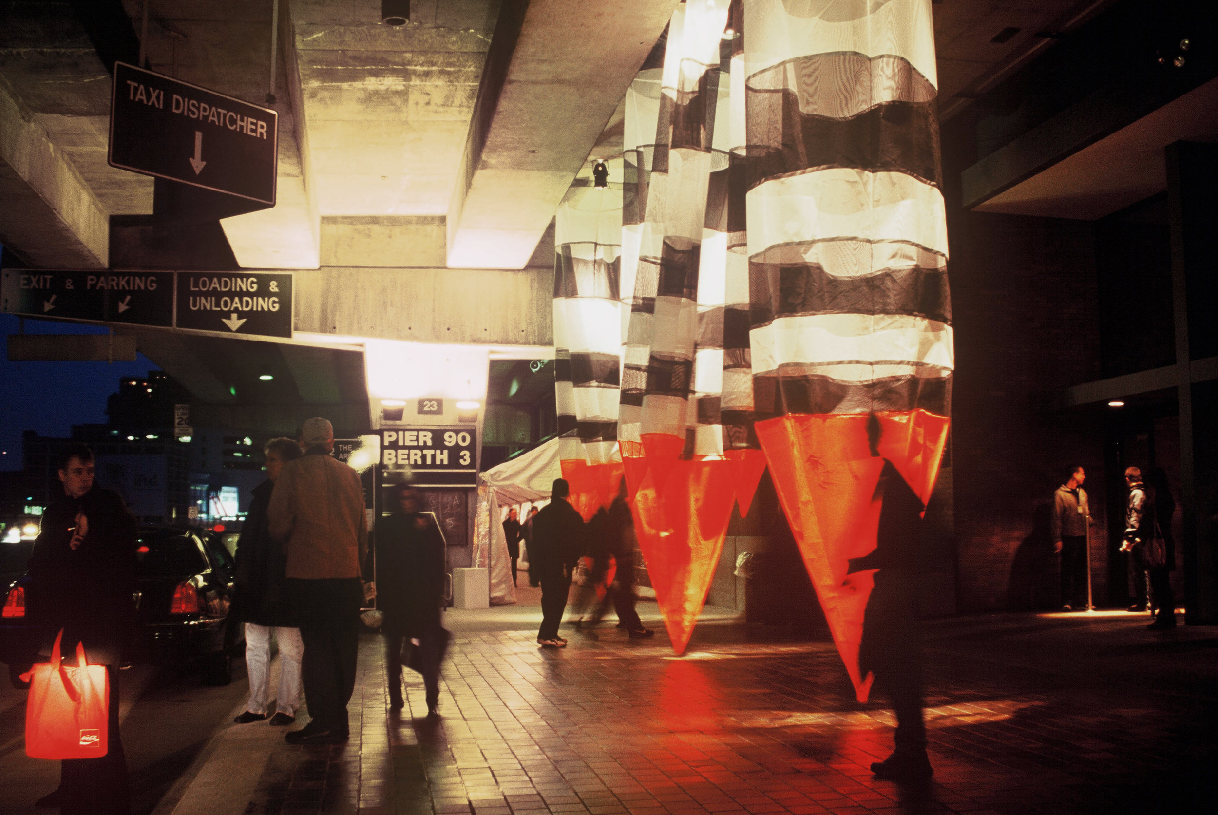 Roadside Shrine NYC_Echelman_PhotoStudioEchelman_2_YYM.jpg