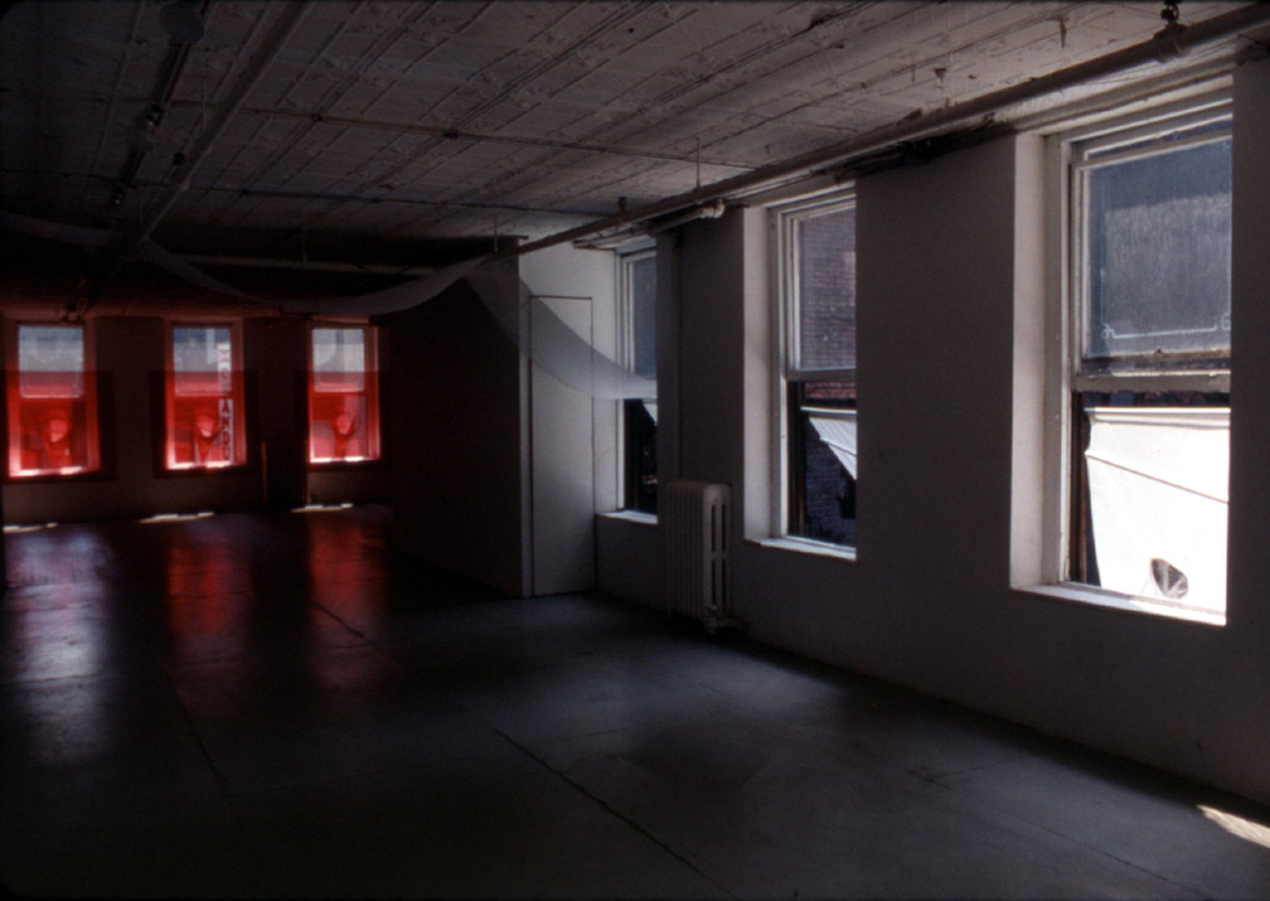 RED SPIKES ON 29TH STREET_Echelman_PhotoStudioEchelman_General.jpg