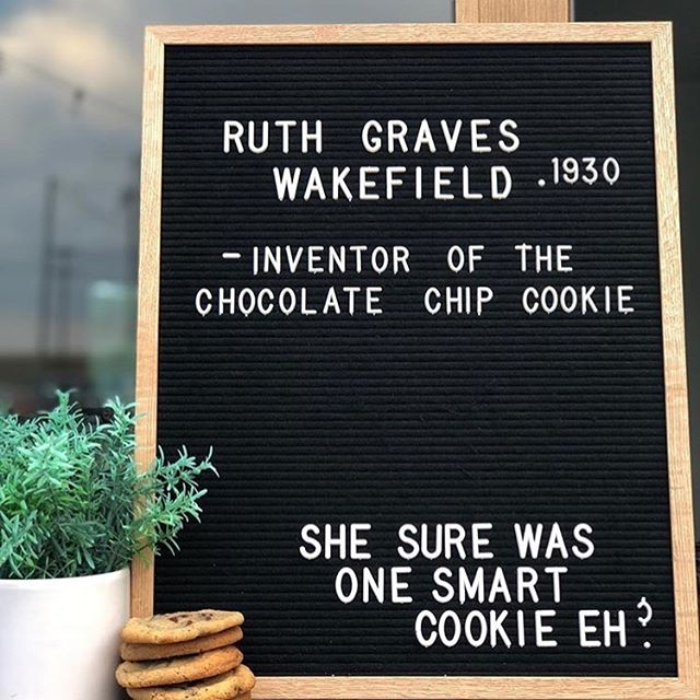Anyone want some gluten free black and white cookies? We use chickpeas and almond butter as our base so they're 100% grain and gluten free. We also make #glutenfree chocolate chip cookies thanks to this clever lady Ruth Graves Wakefield who came up with that brilliant idea in 1930 😯 💡😊 Try our cookies out! Free deliveries on orders of 10+ cookies. DM for more details. We sell to startups and co-working spaces by the jar #sf #women #womenempowerment #inventor #inventors #recipes #history #femalechef #glutenfree #sanfrancisco #startup #vegan #plantbased #grainfree #chickpeas #cookies #gfcookies #almondbutter 😋 📷 @eatatrookies