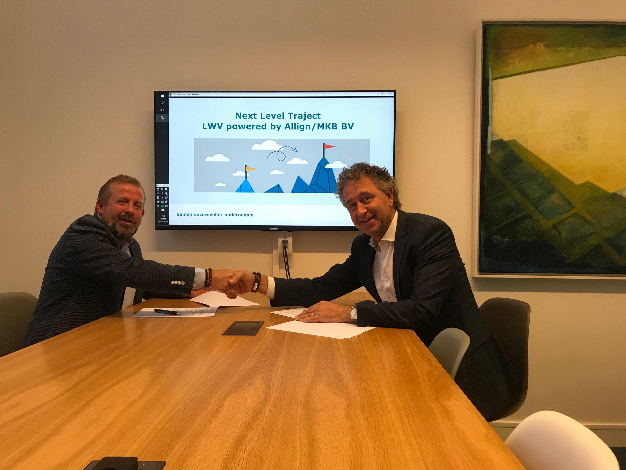 LWV en Allign-MKB BV. hebben getekend op een samenwerking in het kader van het LWV next level traject powered by Allign. Een unieke kans voor ondernemers met een uitgesproken ambitie tot sprongsgewijze verbetering (groei/innovatie) Oftewel…een traject waarbij een ondernemer met zijn of haar onderneming een kwantum sprong maakt naar de volgende divisie. Volg onze social media kanalen, meer informatie volgt...