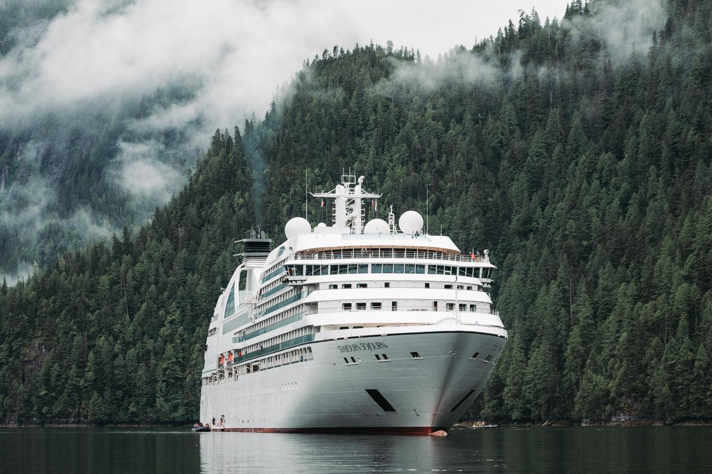 seabourn-sojourn-misty-fjords.jpg