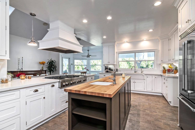 twin creeks_kitchen.jpg