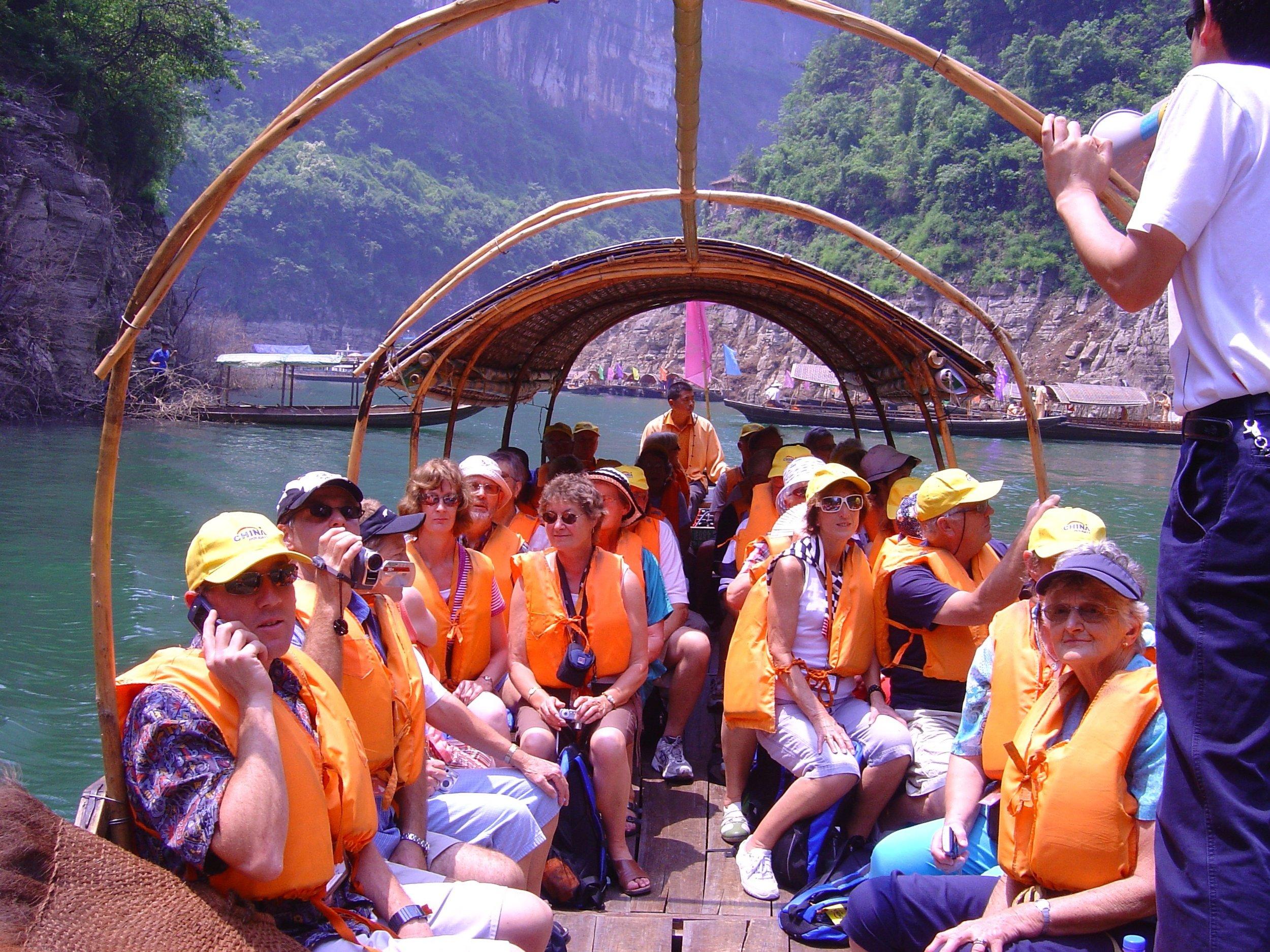 3 Gorges Yangtze river - lesser 3 gorges.jpg