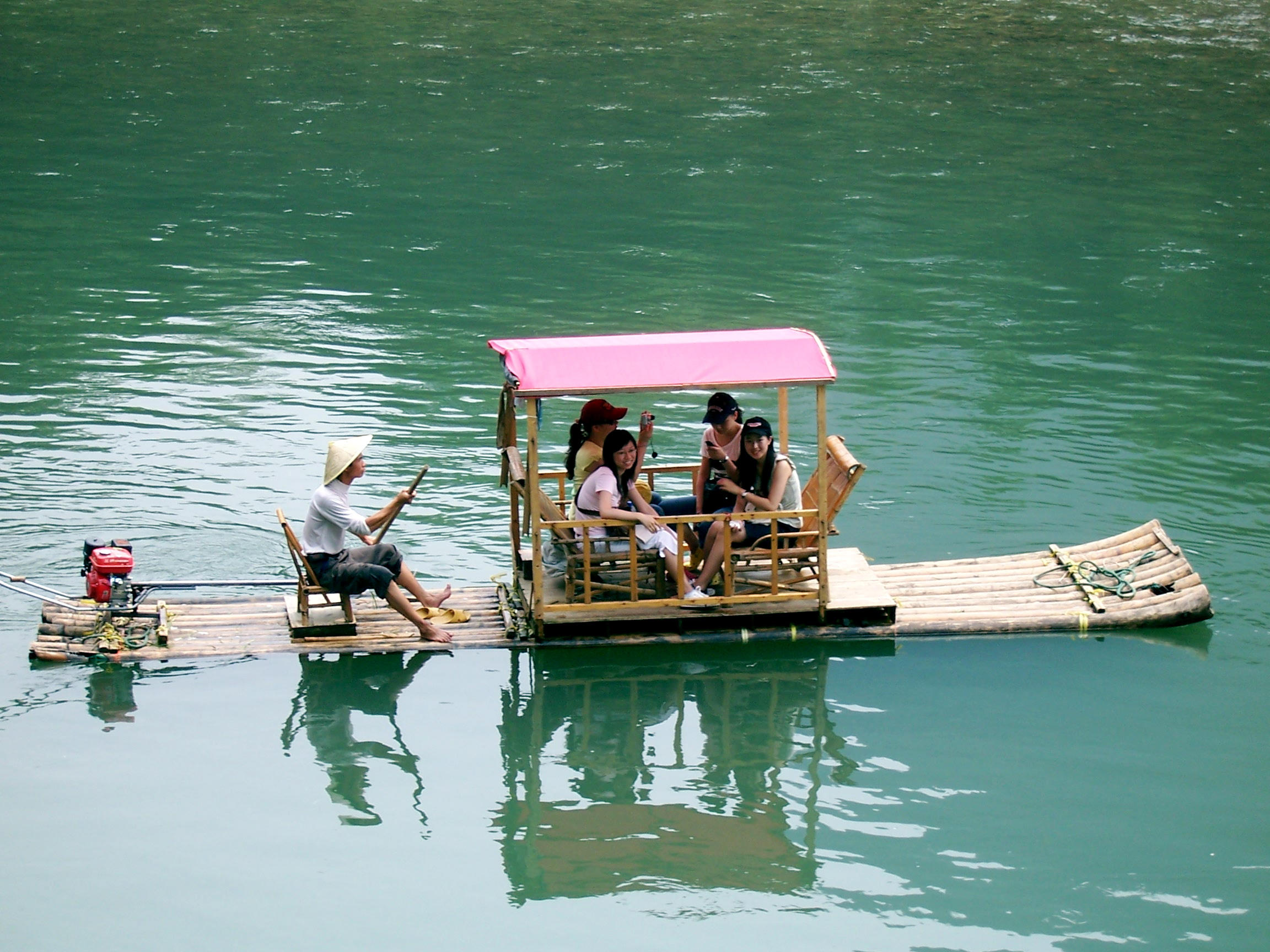 Li River Guilin.JPG