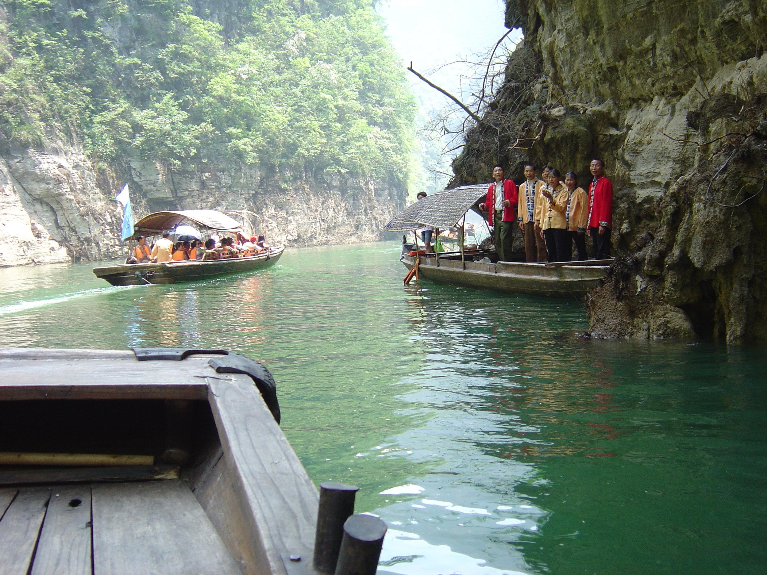 3 Gorges Yangtze river - lesser 3 gorges (3).jpg