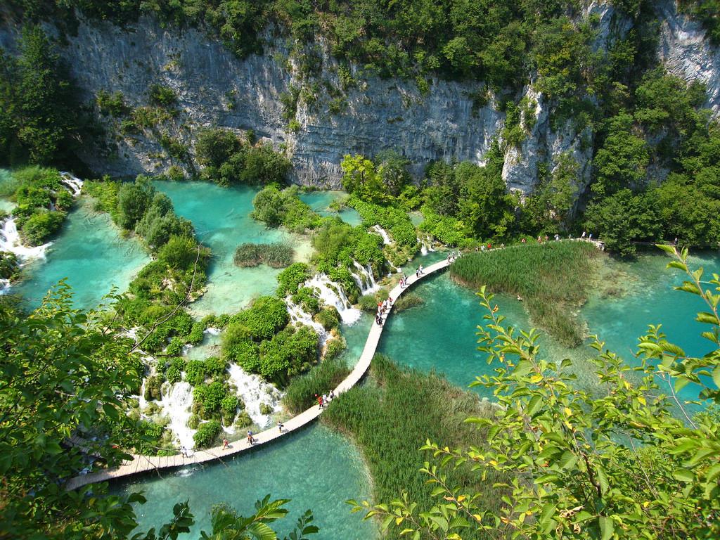 Plitvice Lake.jpg