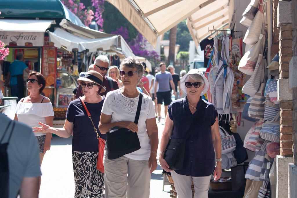 Browsing the shops is Taormina, Sicily.jpg