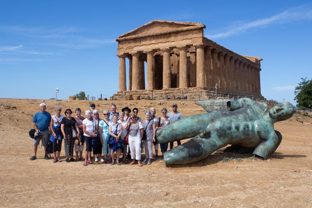 Valley of Temples, Agrigento, Sicily.jpg