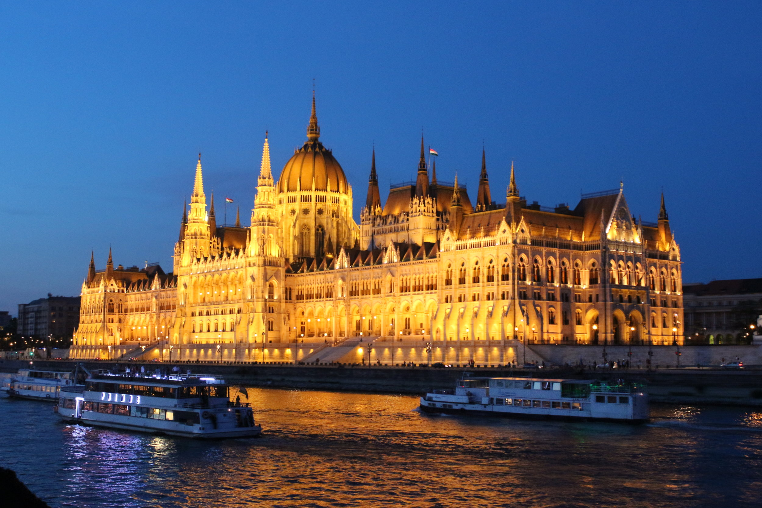 Parliament Building, Budapest.JPG