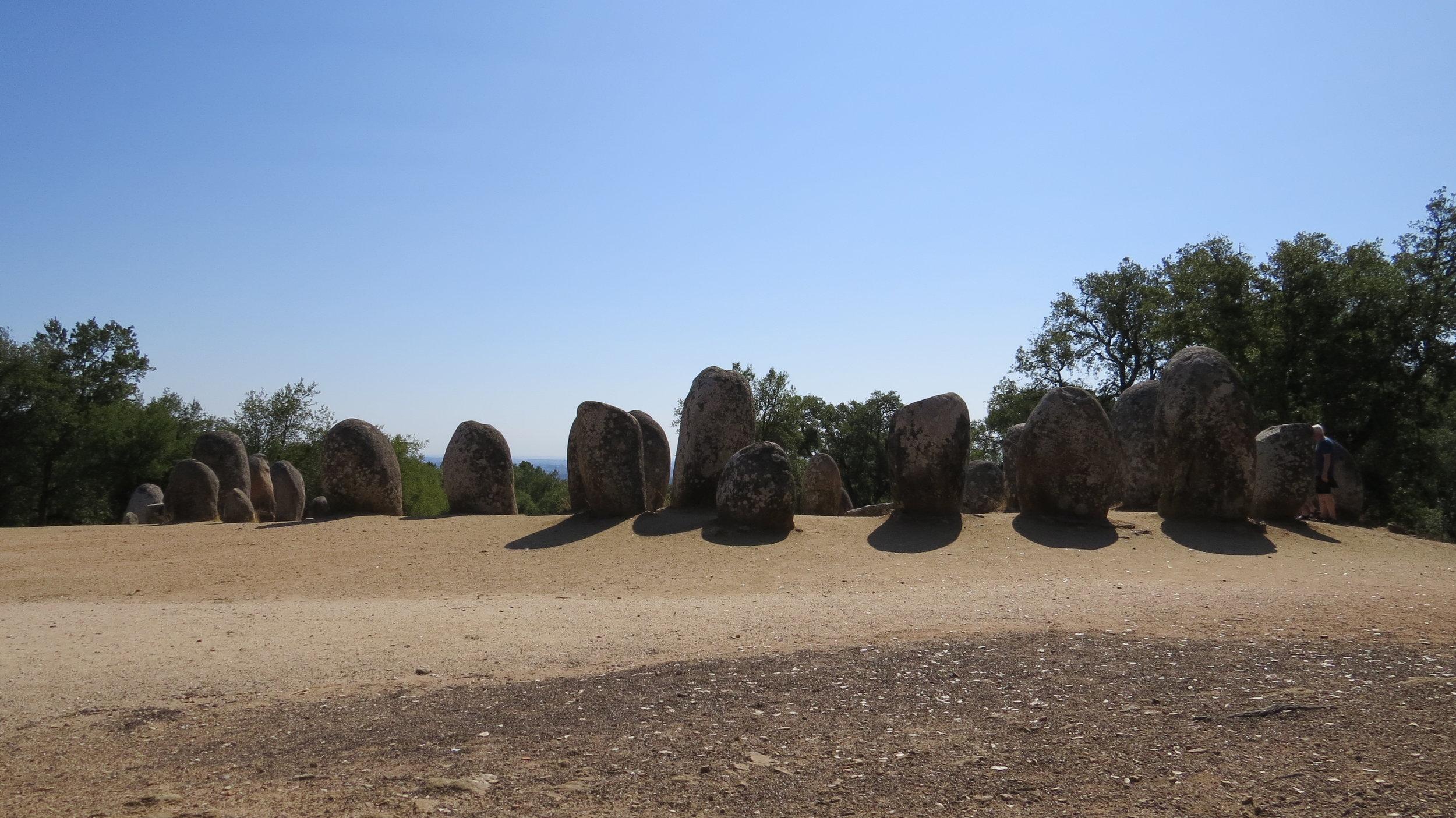 Evora - standing rocks (19).JPG