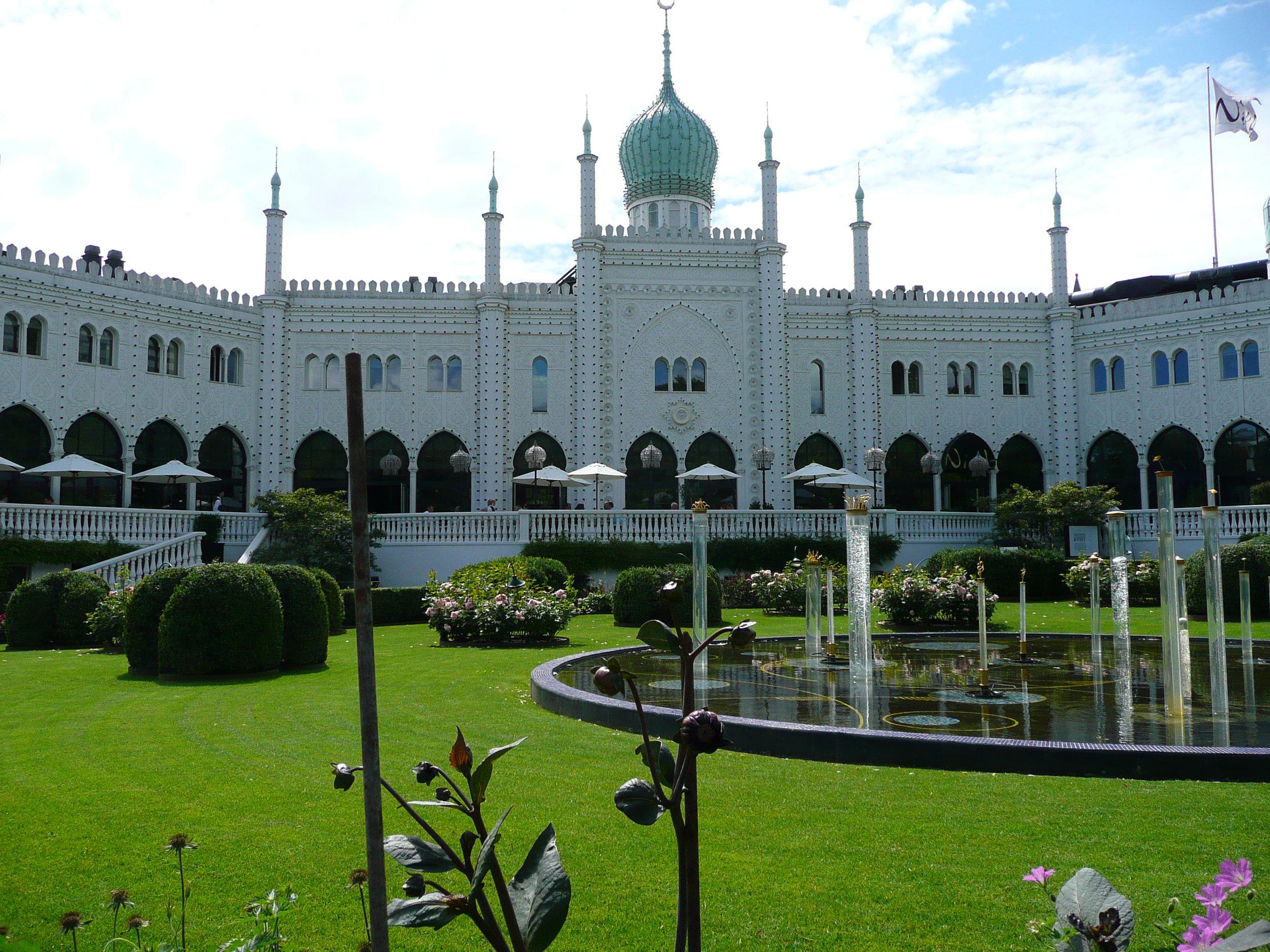 Copenhagen - Tivoli gardens (12).JPG