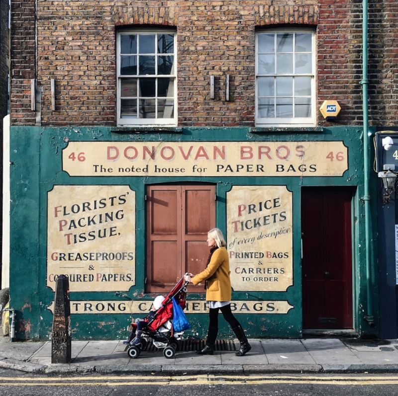 - Photographer based in London, UK. I love images of city life, especially with a slice of history.