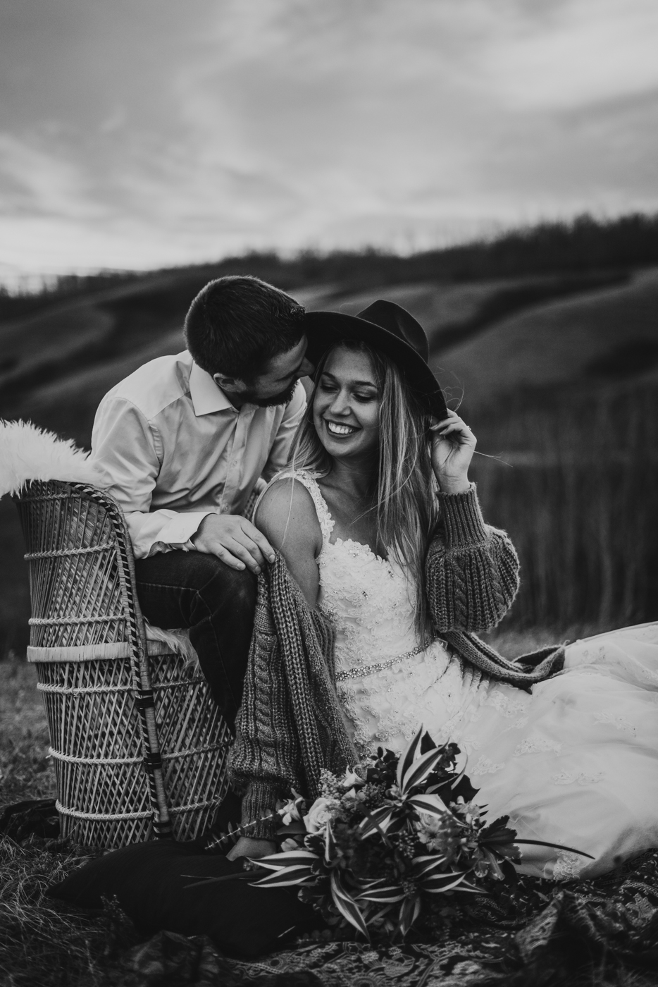 FortSt.John_photographer_TyraEPhotography_Wedding_Couple_Family_Photograhy_DawsonCreek_Elopement_Bride_Boduoir_Portraits-4.jpg