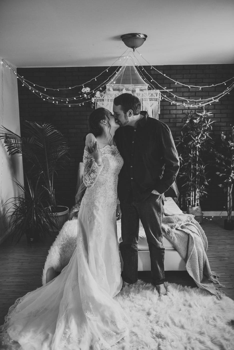 FortSt.John_photographer_TyraEPhotography_Wedding_Couple_Family_Photograhy_DawsonCreek_Elopement_Bride_Boduoir_Portraits-9.jpg