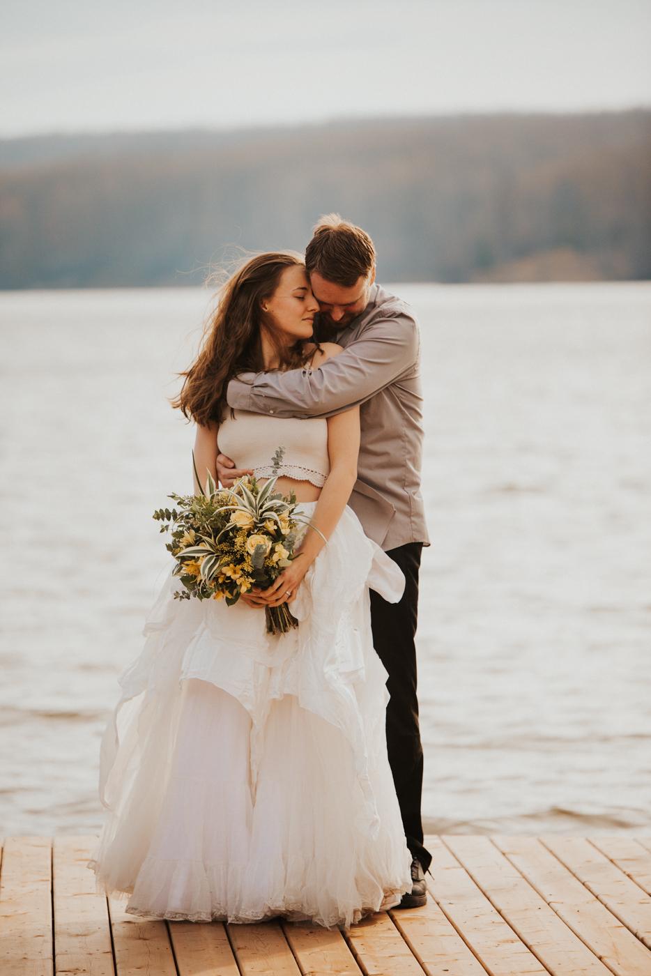 FortSt.John_photographer_TyraEPhotography_Wedding_Couple_Family_Photograhy_DawsonCreek_Elopement_Bride_Boduoir_Portraits-11.jpg