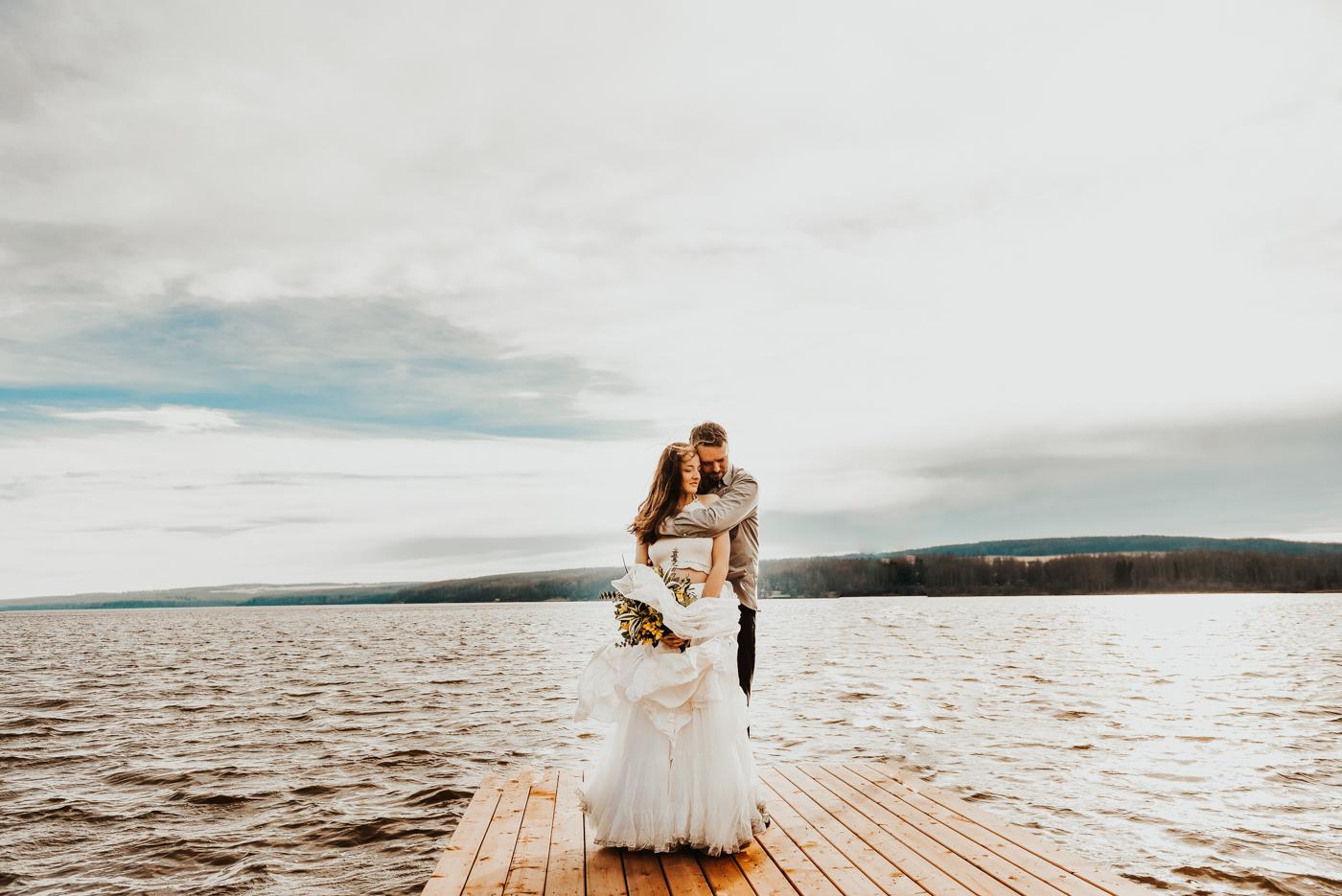 FortSt.John_photographer_TyraEPhotography_Wedding_Couple_Family_Photograhy_DawsonCreek_Elopement_Bride_Boduoir_Portraits-12.jpg