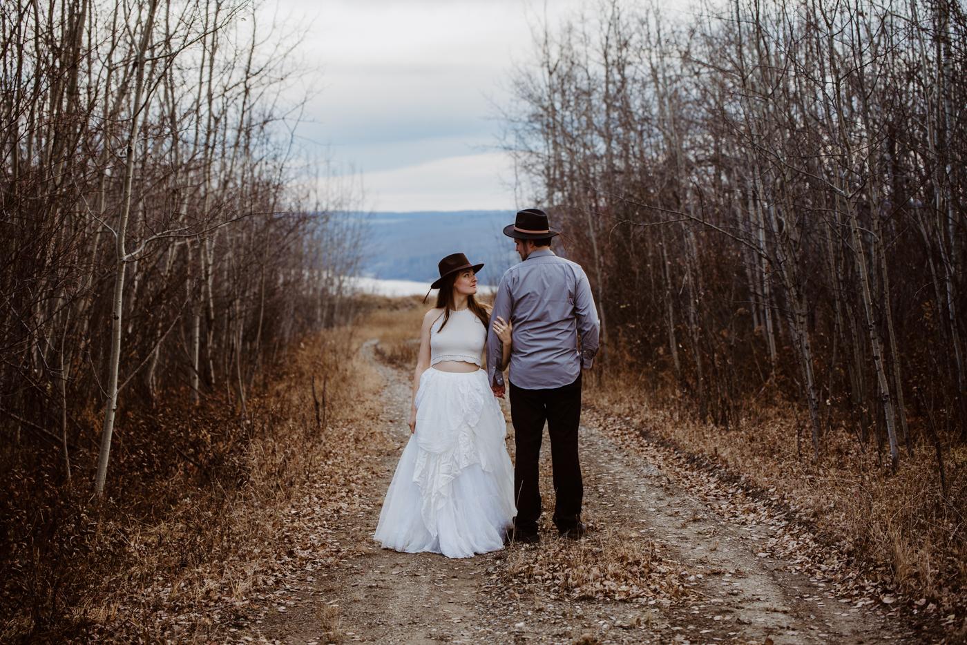 FortSt.John_photographer_TyraEPhotography_Wedding_Couple_Family_Photograhy_DawsonCreek_Elopement_Bride_Boduoir_Portraits-28.jpg