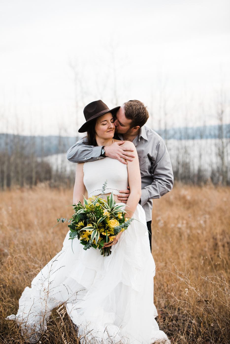 FortSt.John_photographer_TyraEPhotography_Wedding_Couple_Family_Photograhy_DawsonCreek_Elopement_Bride_Boduoir_Portraits-31.jpg