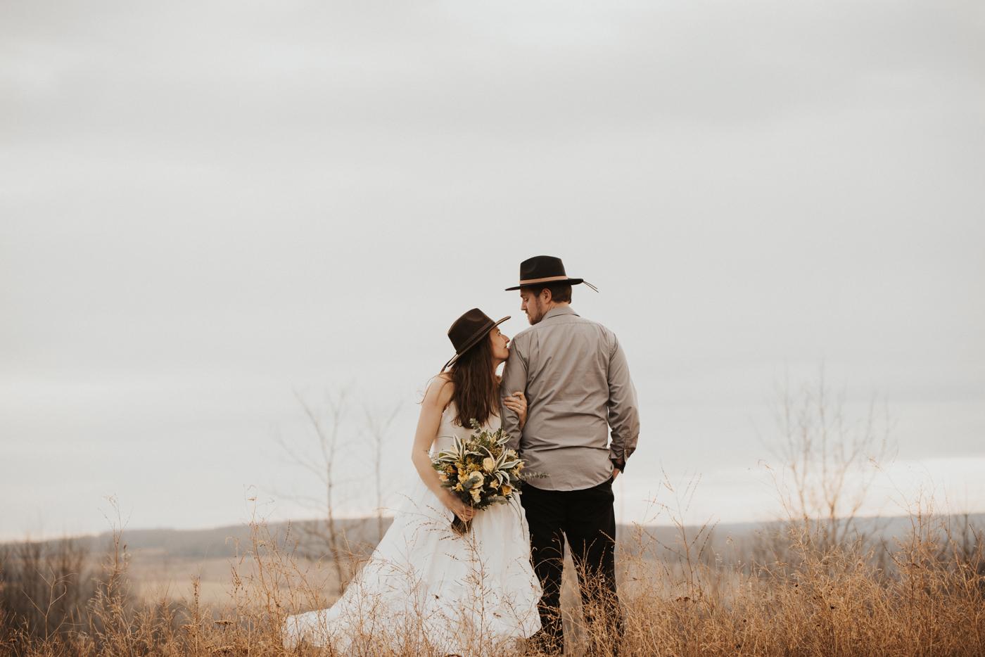 FortSt.John_photographer_TyraEPhotography_Wedding_Couple_Family_Photograhy_DawsonCreek_Elopement_Bride_Boduoir_Portraits-36.jpg