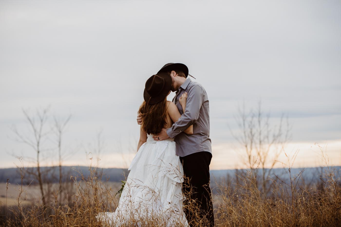 FortSt.John_photographer_TyraEPhotography_Wedding_Couple_Family_Photograhy_DawsonCreek_Elopement_Bride_Boduoir_Portraits-37.jpg