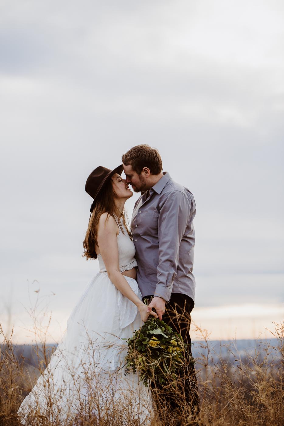 FortSt.John_photographer_TyraEPhotography_Wedding_Couple_Family_Photograhy_DawsonCreek_Elopement_Bride_Boduoir_Portraits-40.jpg