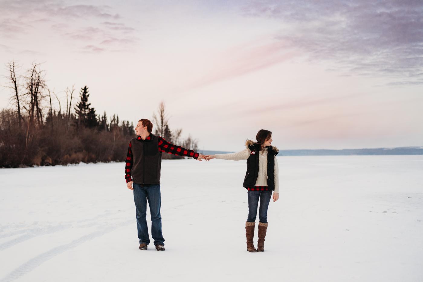 FortSt.John_photographer_TyraEPhotography_Wedding_Couple_Family_Photograhy_DawsonCreek_Elopement_Bride_Boduoir_Portraits-7640.jpg