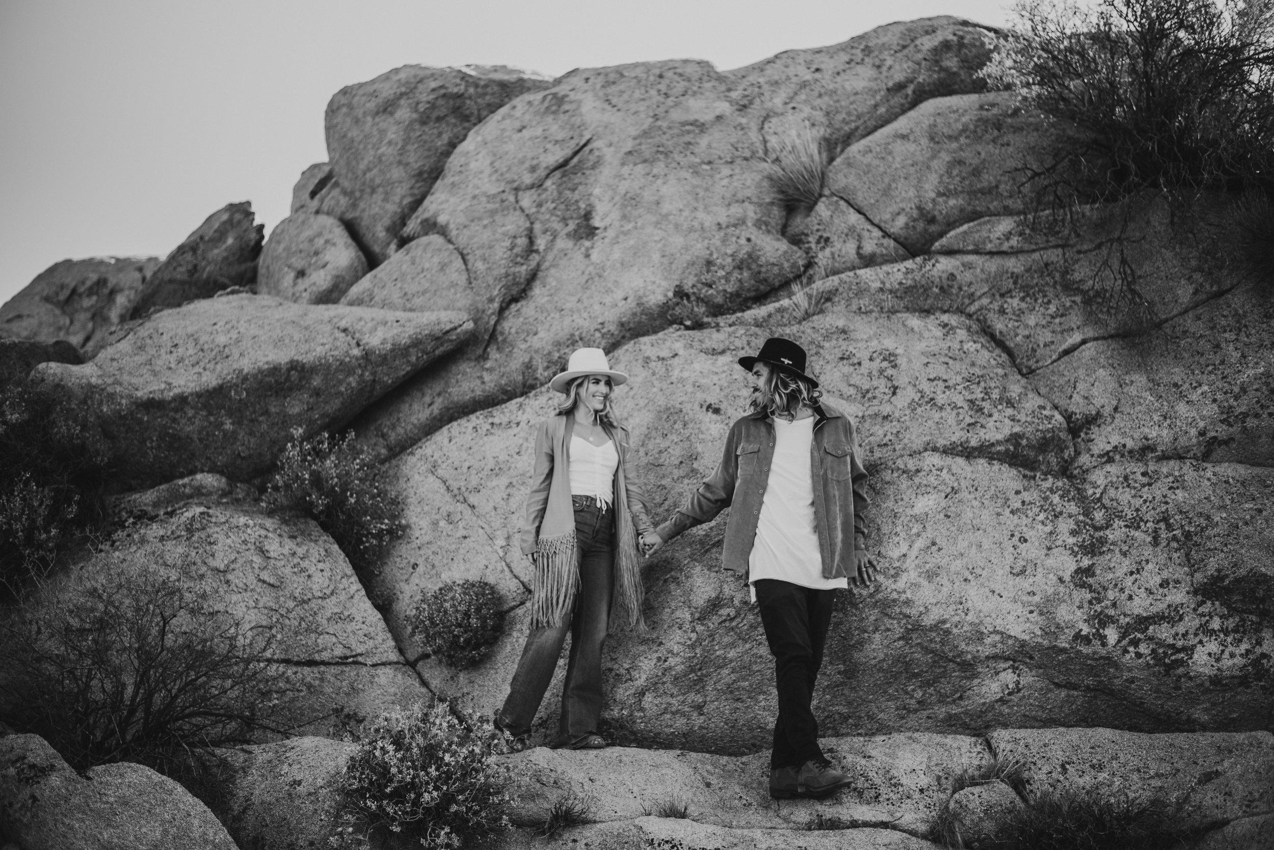 FortSt.John_photographer_TyraEPhotography_Wedding_Couple_Family_Photograhy_DawsonCreek_Elopement_Bride_Boduoir_Portraits-6988.jpg