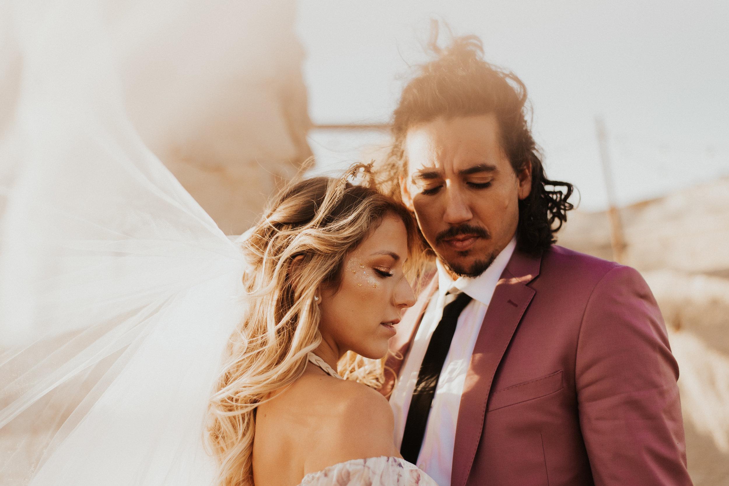 FortSt.John_photographer_TyraEPhotography_Wedding_Couple_Family_Photograhy_DawsonCreek_Elopement_Bride_Boduoir_Portraits-7876.jpg