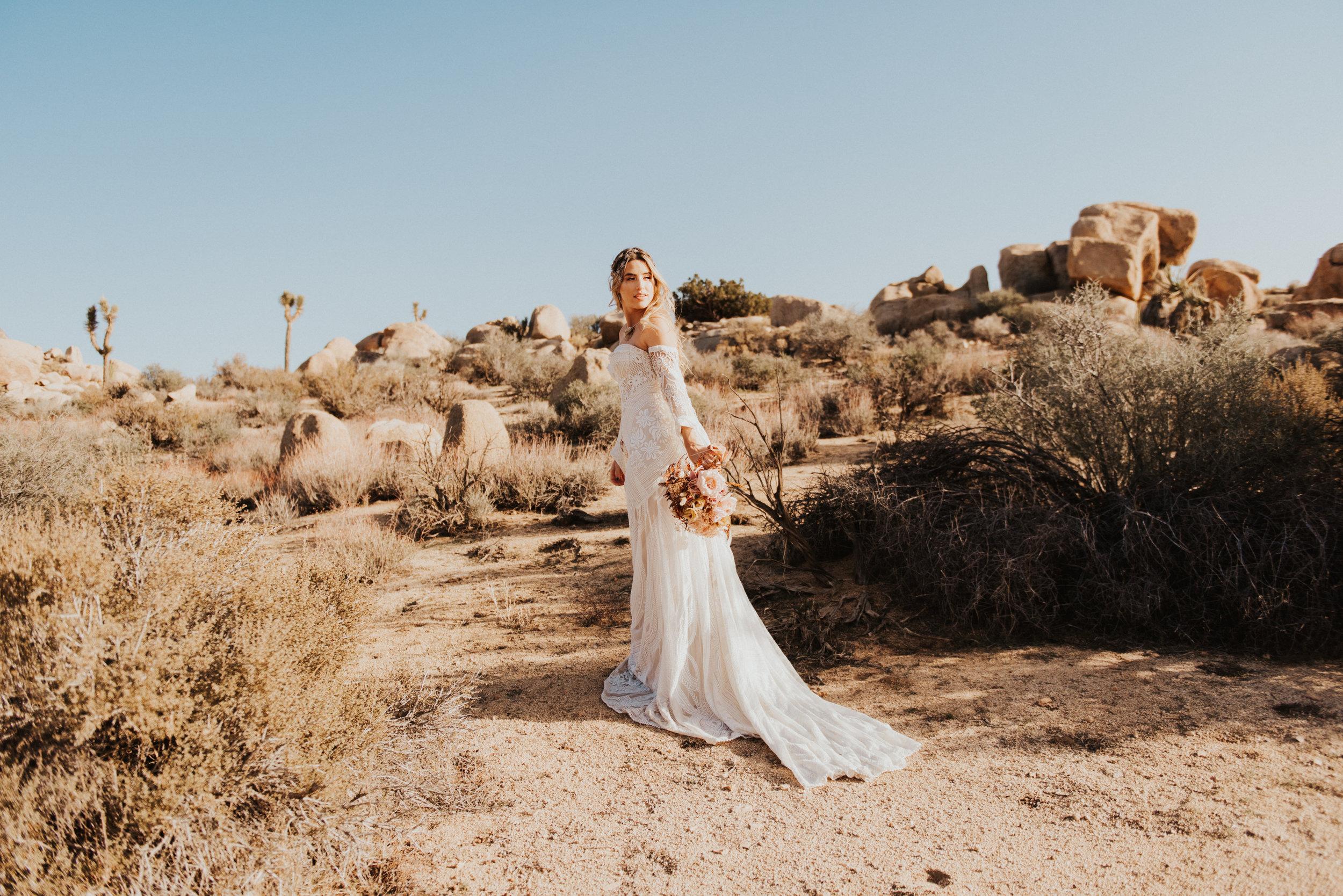 FortSt.John_photographer_TyraEPhotography_Wedding_Couple_Family_Photograhy_DawsonCreek_Elopement_Bride_Boduoir_Portraits-4883.jpg