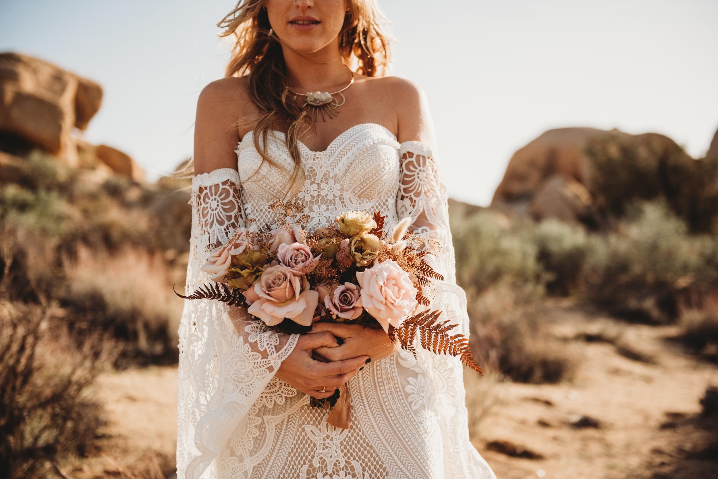 FortSt.John_photographer_TyraEPhotography_Wedding_Couple_Family_Photograhy_DawsonCreek_Elopement_Bride_Boduoir_Portraits-4914.jpg