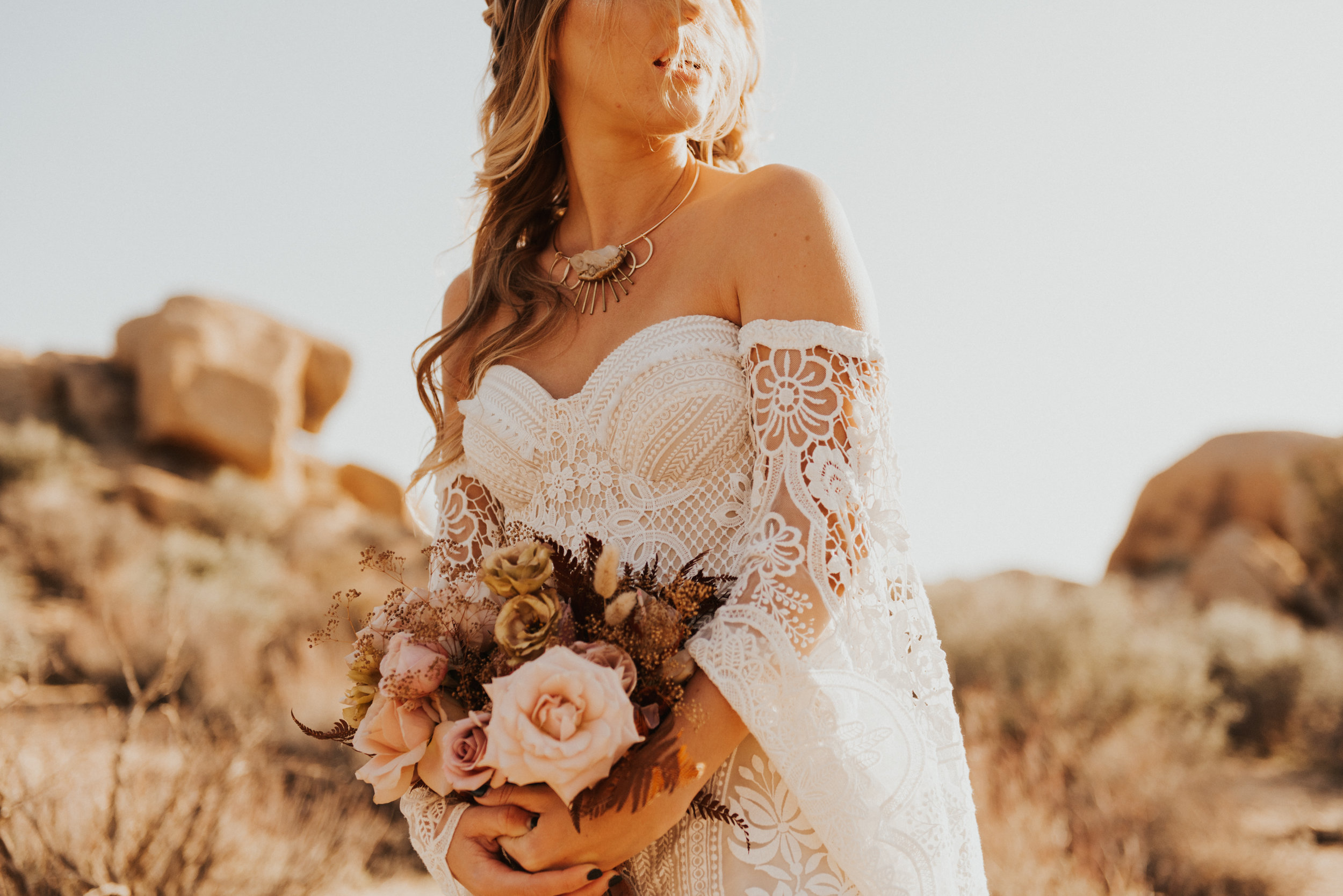FortSt.John_photographer_TyraEPhotography_Wedding_Couple_Family_Photograhy_DawsonCreek_Elopement_Bride_Boduoir_Portraits-4927.jpg