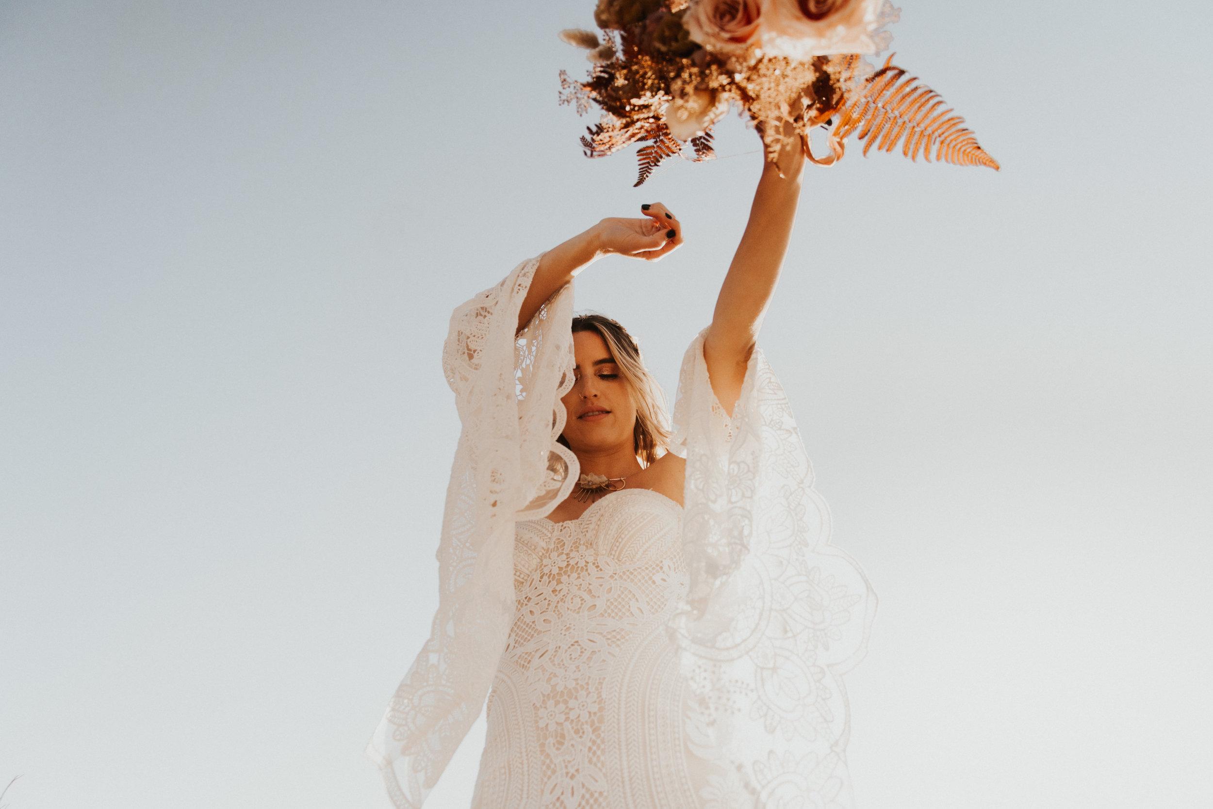 FortSt.John_photographer_TyraEPhotography_Wedding_Couple_Family_Photograhy_DawsonCreek_Elopement_Bride_Boduoir_Portraits-5015.jpg