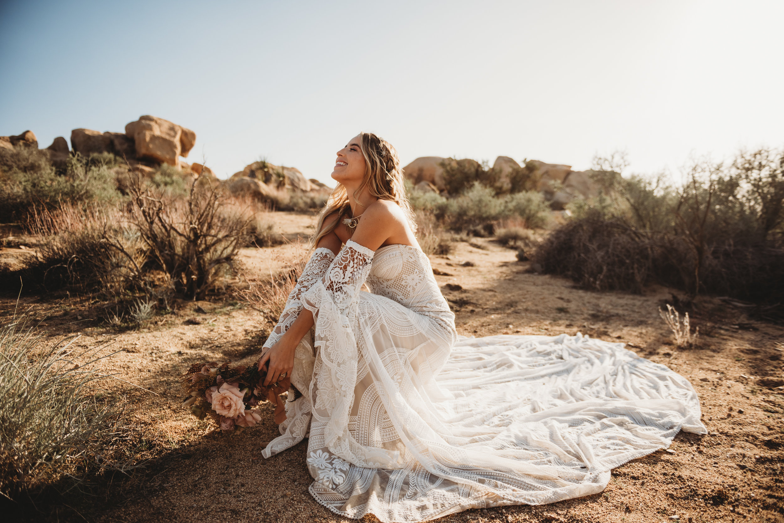FortSt.John_photographer_TyraEPhotography_Wedding_Couple_Family_Photograhy_DawsonCreek_Elopement_Bride_Boduoir_Portraits-4995.jpg
