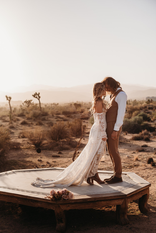 FortSt.John_photographer_TyraEPhotography_Wedding_Couple_Family_Photograhy_DawsonCreek_Elopement_Bride_Boduoir_Portraits-8062.jpg