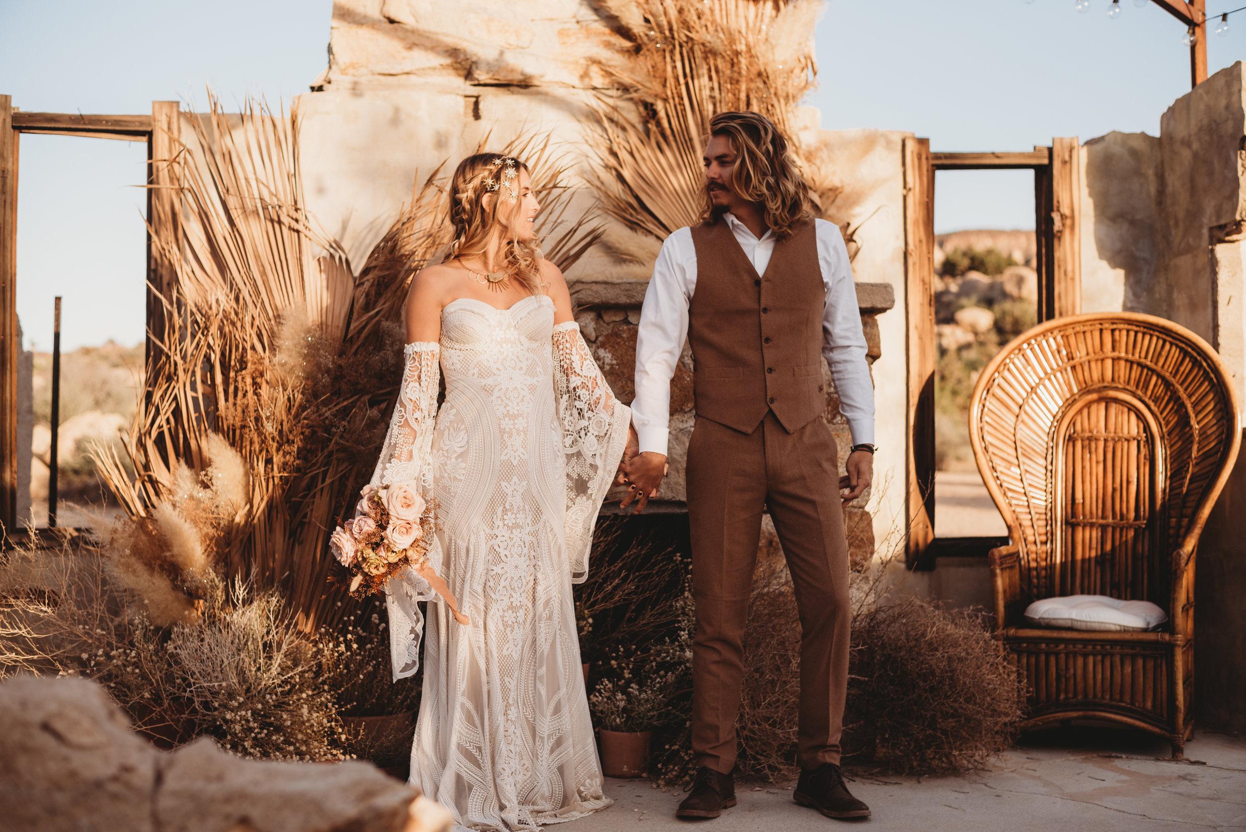 FortSt.John_photographer_TyraEPhotography_Wedding_Couple_Family_Photograhy_DawsonCreek_Elopement_Bride_Boduoir_Portraits-8238.jpg