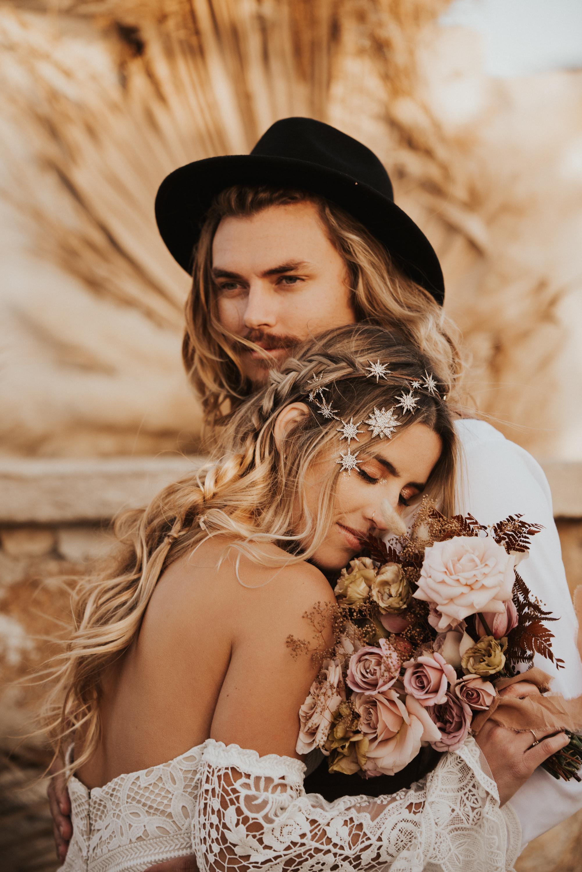 FortSt.John_photographer_TyraEPhotography_Wedding_Couple_Family_Photograhy_DawsonCreek_Elopement_Bride_Boduoir_Portraits-5448.jpg