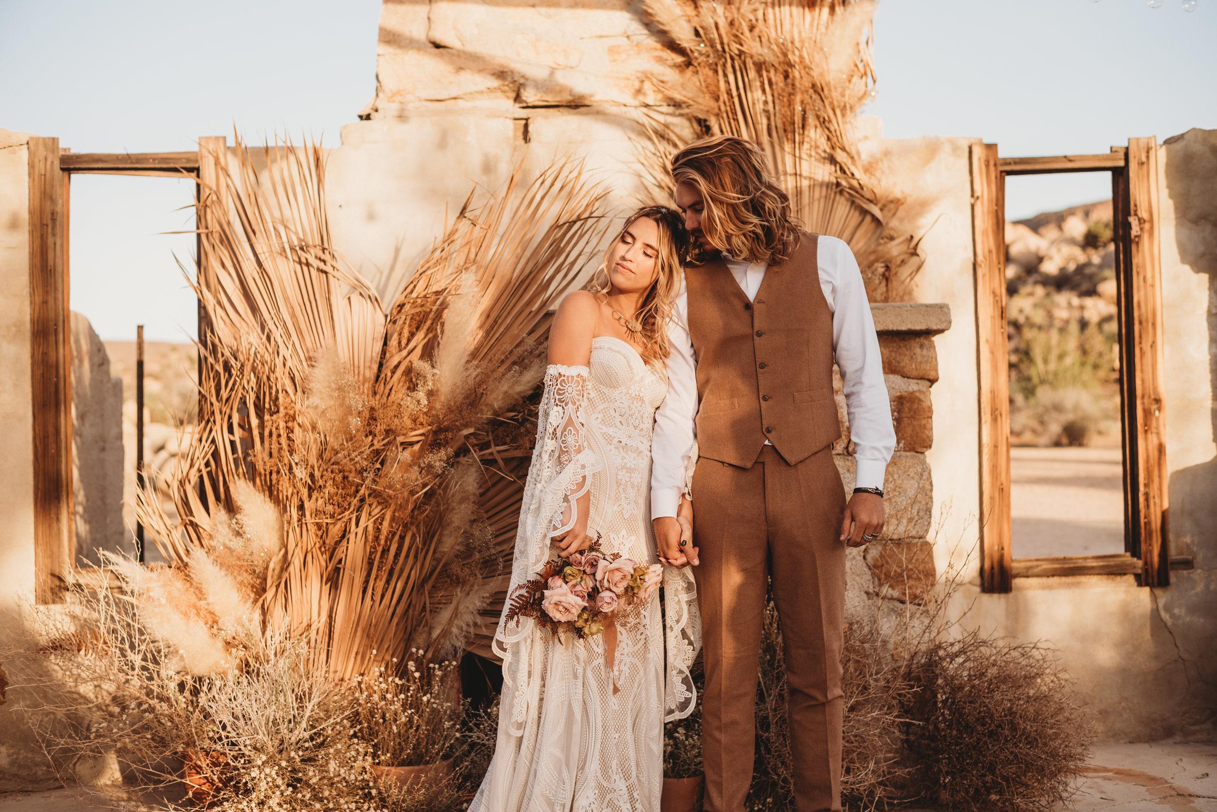 FortSt.John_photographer_TyraEPhotography_Wedding_Couple_Family_Photograhy_DawsonCreek_Elopement_Bride_Boduoir_Portraits-8257.jpg